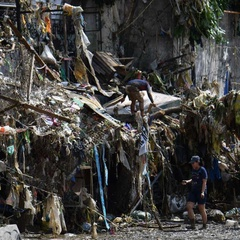 Death toll in typhoon-hit Philippines rises to 27