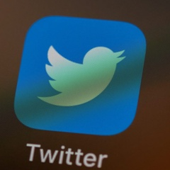 Twitter will Allow Users to Apply for Verification Publicly in 2021